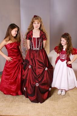 Koszorúslány, elsőáldozó ruha 13
