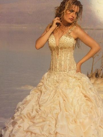 Elegance 13
