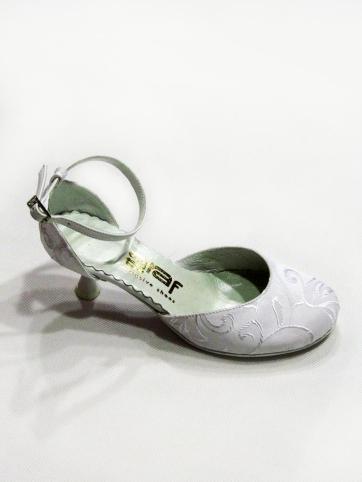 Cipő 24